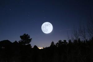 POEMAS SIDERALES ( Sol, Luna, Estrellas, Tierra, Naturaleza, Galaxias...) - Página 2 Foto-apod-nasa-gov